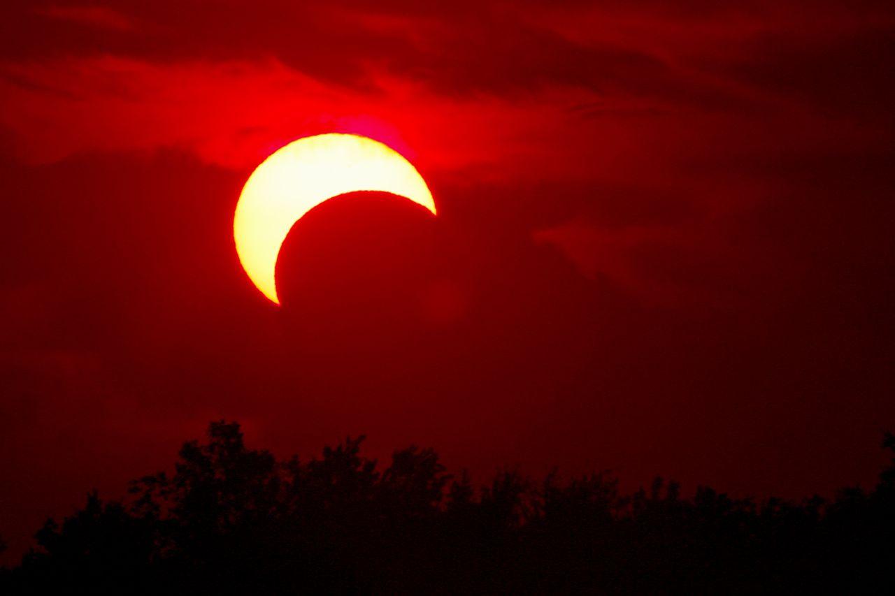 SolarEclipseMay2012-JM