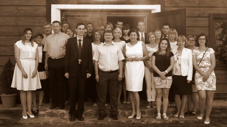 Nauczyciele i pracownicy obsługi (czerwiec 2016)