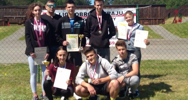 Rewelacyjna sobota na zawodach w crossie obronnym mundurowców  z Zespołu Szkół w Jabłonowie Pomorskim