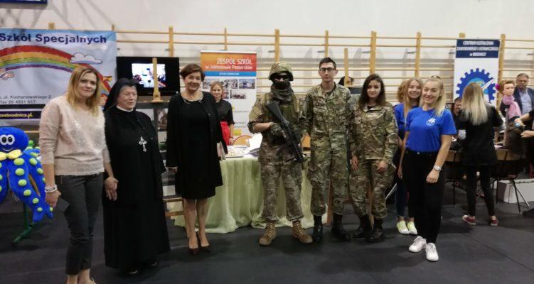 Jubileusz 20-lecia Powiatu Brodnickiego  – prezentacja szkół