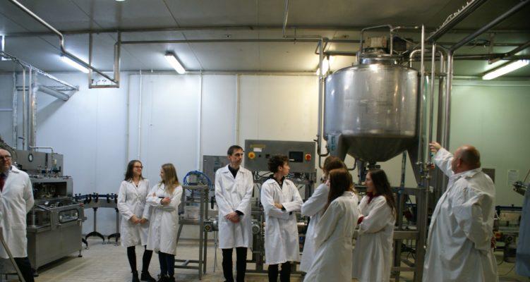 Uczniowie Technikum z wizytą w zakładzie POLDER